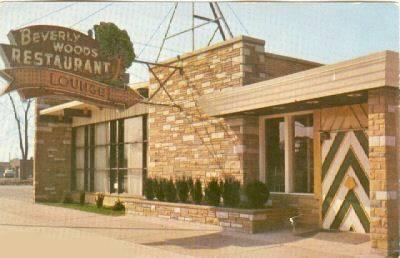 BEVERLY WOODS RESTAURANT - OUTSIDE - c1950s