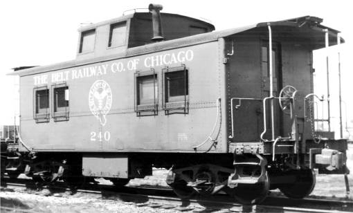 PHOTO - CHICAGO - TRAIN - THE BELTWAY RAILWAY - CABOOSE - 1969