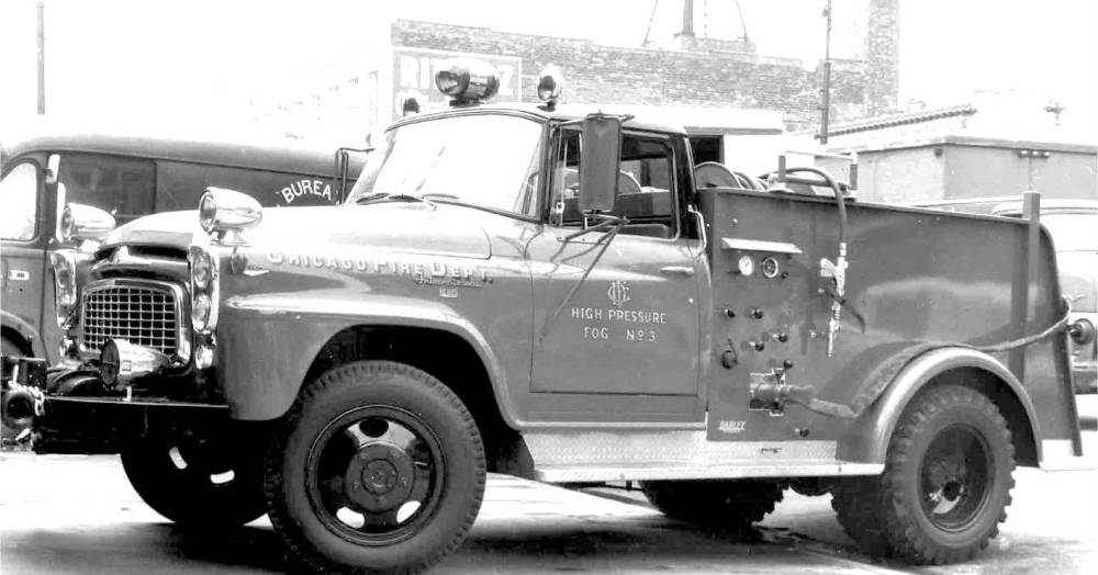 PHOTO - CHICAGO - CHICAGO FIRE DEPARTMENT - HOSE TRUCK - c1960