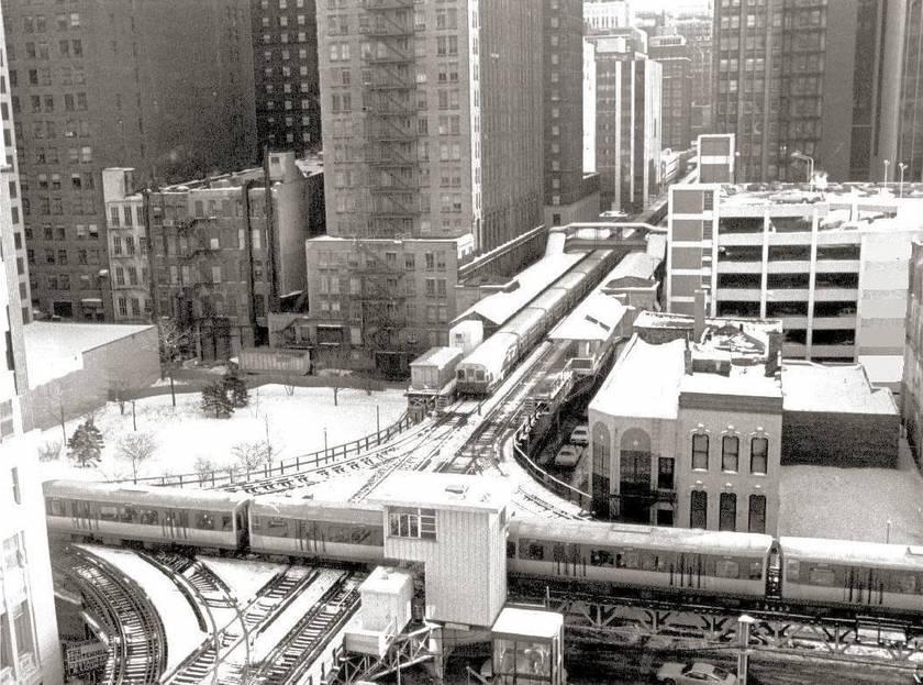 PHOTO - CHICAGO - CTA ELEVATED RAPID TRANSIT - TRACK CROSSING - AERIAL - 1979