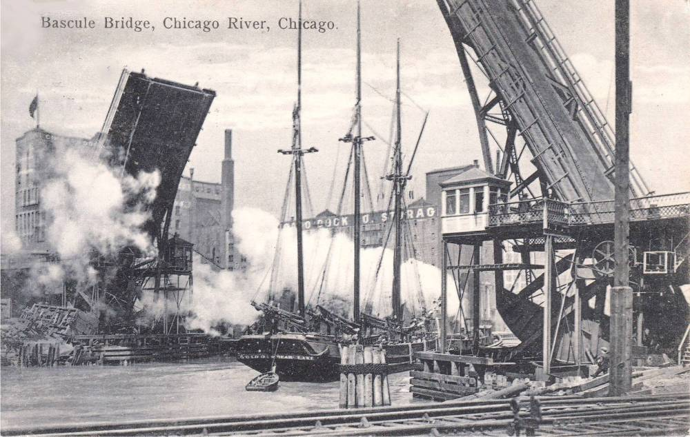 POSTCARD - CHICAGO - BASCULE BRIDGE - CHICAGO RIVER - THREE-MASTED SHIP PASSING - 1907