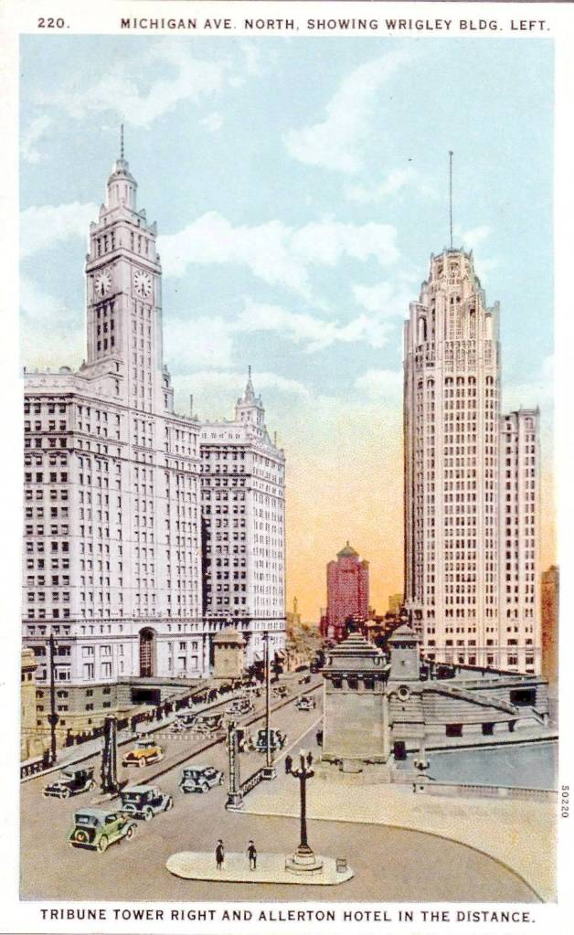POSTCARD - CHICAGO - MICHIGAN AVE - LOOKING N - BRIDGE OVER RIVER - NOTE PEDESTRIAN ISLAND LOWER RIGHT - 1920s