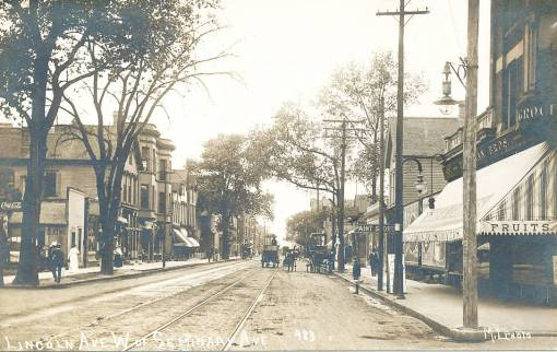 POSTCARD - CHICAGO - LINCOLN AVE - W OF SEMINARY - MANY STORES - 1909