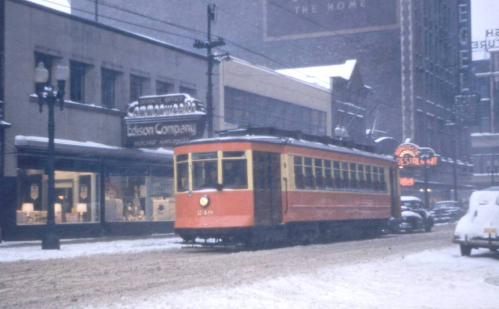 PHOTO - CHICAGO - 63RD AND PEORIA - SNOW - COMMONWEALTH EDISON - WINDSOR RESTAURANT - PULLMAN STREETCAR - 1952 - EDITED FROM TROLLEYDODGER'S SITE