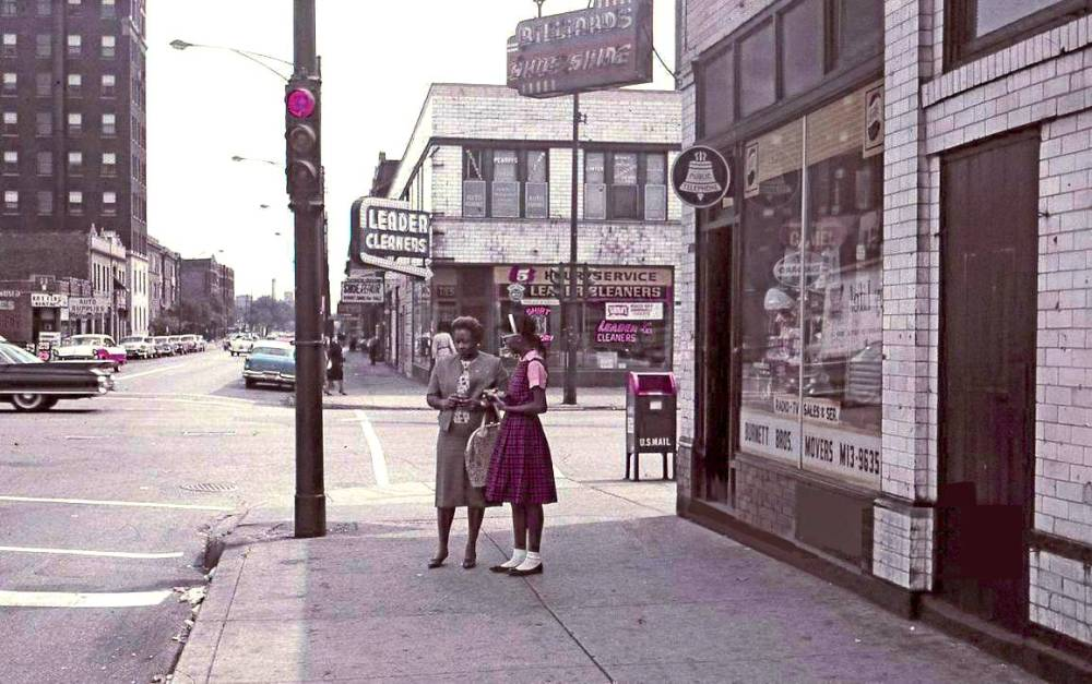 photo-chicago-unknown-intersection-likely-south-side-two-black-women-waiting-for-bus-snapshot-1962