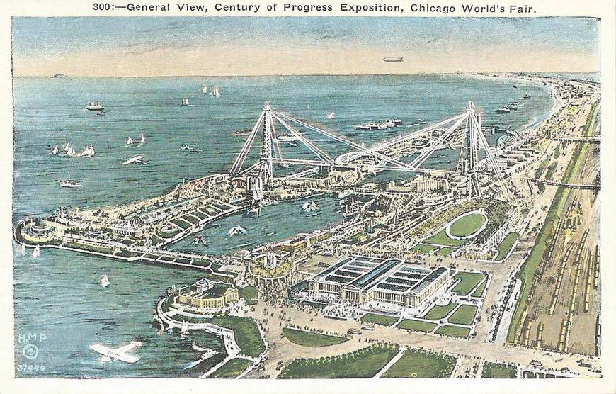 POSTCARD - CHICAGO - CENTURY OF PROGRESS WORLD'S FAIR - AERIAL - BOATS - PLANE - BLIMP - 1933