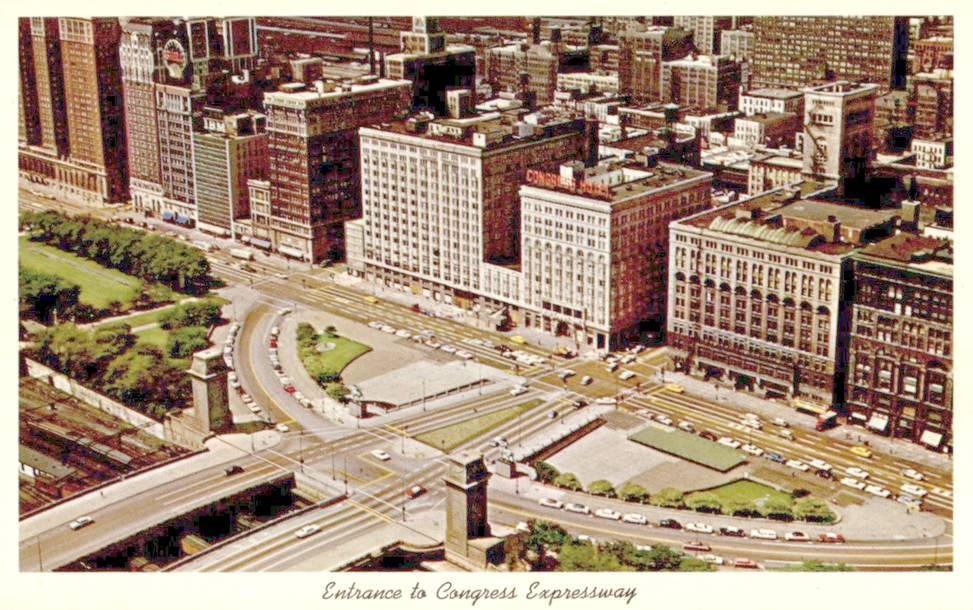 POSTCARD - CHICAGO - MICHIGAN AVE AND CONGRESS EXPRESWAY  ENTRANCE - PICK CONGRESS HOTEL - AERIAL - 1960s
